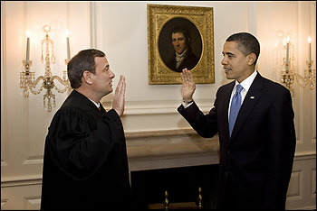 Obama-retakes-oath-of-office