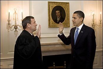 Obama-retakes-oath-of-office
