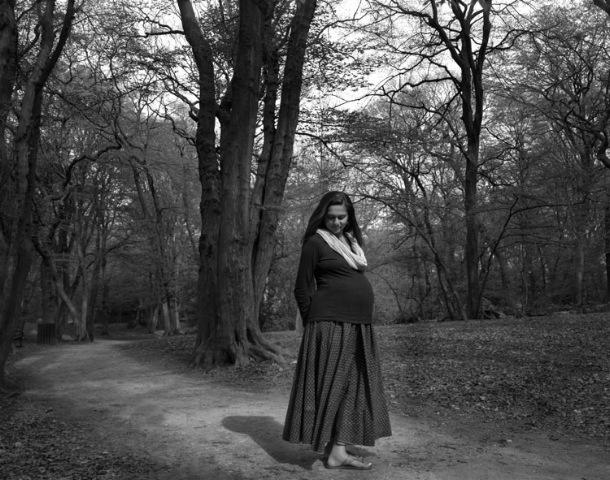 Pregnant_bw